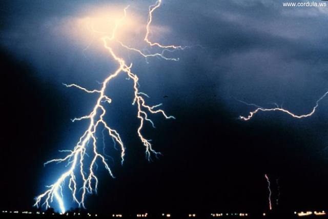 Cordula's Web. NOAA. Multiple cloud-to-ground and cloud-to-cloud lightning strokes.