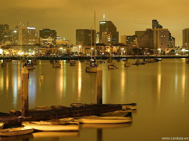 Cordula's Web. PDPHOTO.ORG. Sailboats and piers at night. San Diego.